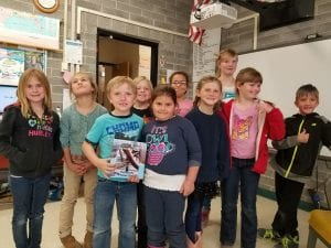 Imlay Students with Biggest Little Book 4.13.17