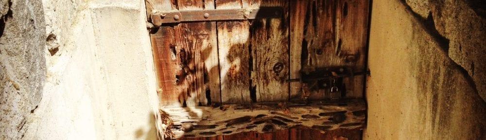 Door Bowers Mansion Smaller 2016